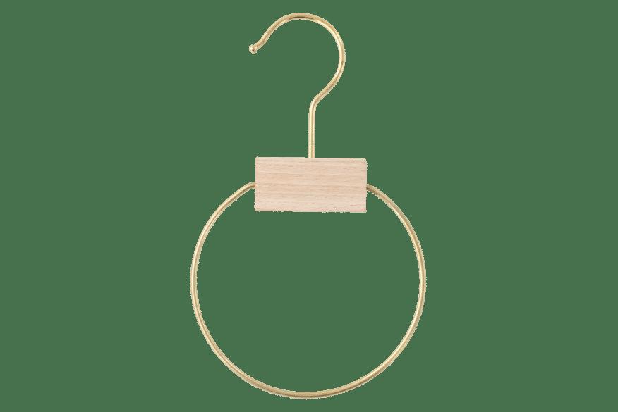 cintre-bois-foulard-e1702-6-cintre-actus-france