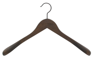cintre-bois-veste-229-30-logo-laser-cintres-actus-france