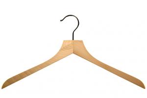 cintres-bois-chemise-128-sans-barre-cintres-actus-france