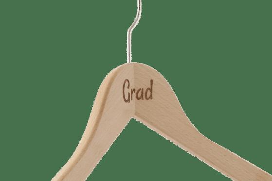 cintre-bois-personnalise-logo-grad-laser-actus-cintres-france
