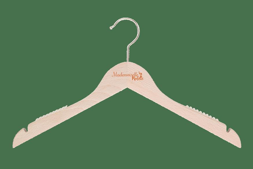 cintre-bois-antiglisse-146h-logo-cuivre-cintres-actus-france