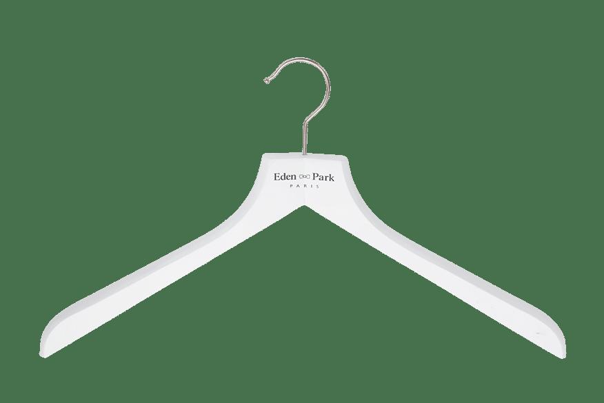 cintre-bois-chemise-128-logo-eden-park-cintres-actus-france