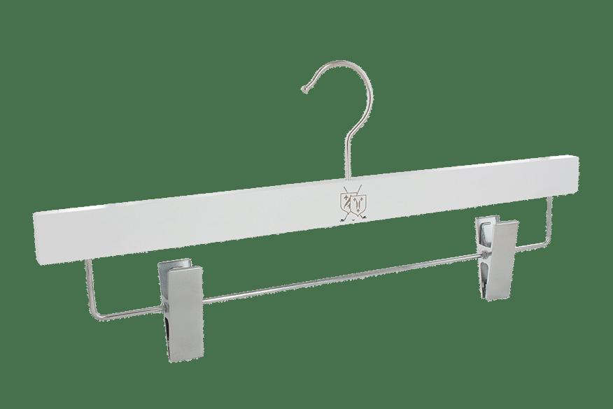 cintre-bois-blanc-pinces-e1902-logo-golf-cintres-actus-france